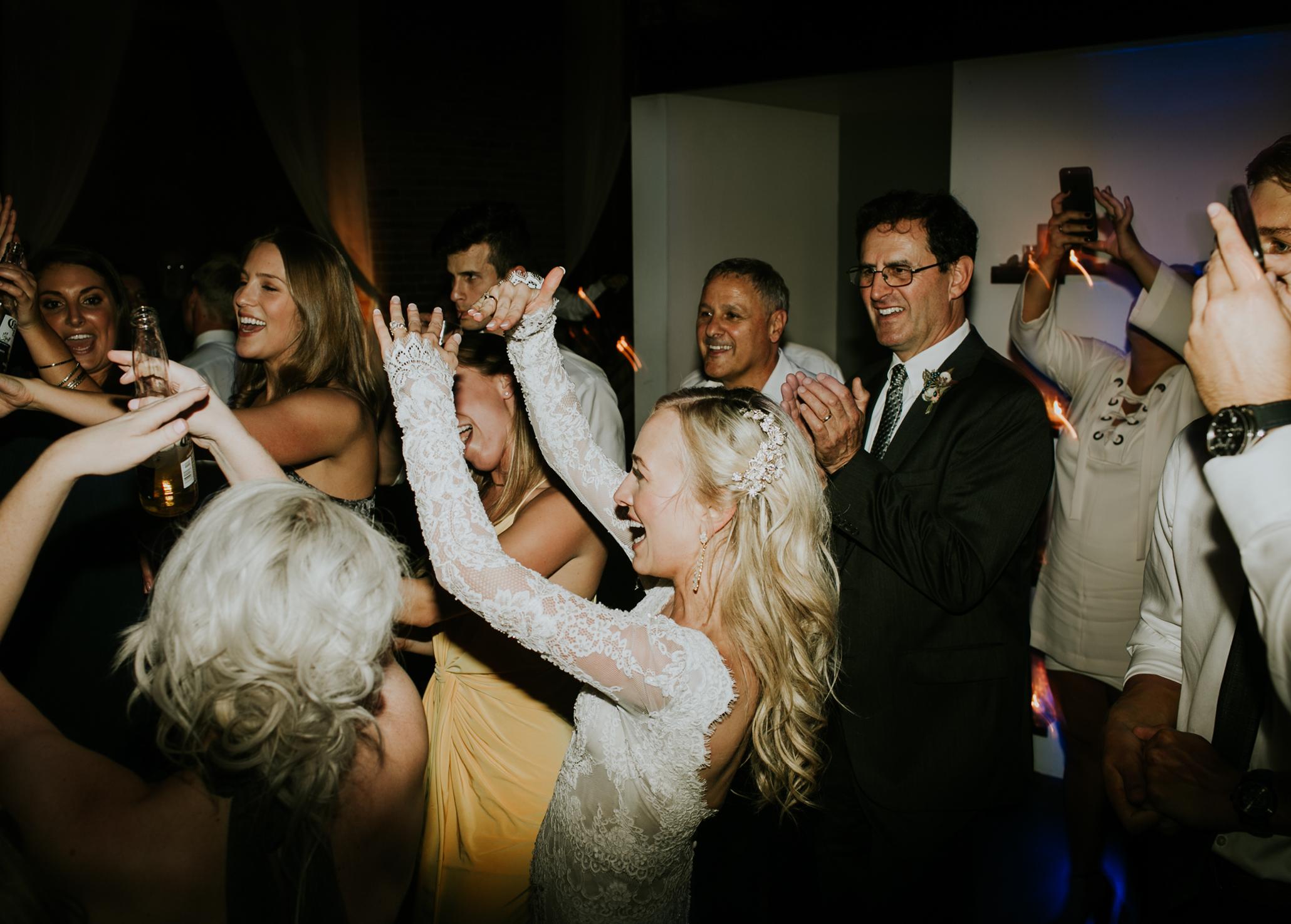 axis-seattle-wedding7